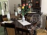 Immagine di Credenza 5 ante, 2 cassetti e 1 tavolo con 4 sedie
