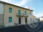 Immagine di FALL. 8445/13: CIVILE ABITAZIONE SITA NEL COMUNE DI CAPRAIA, FRAZ. LIMITE SULL'ARNO, VIA IVO MONTAGNI, 2.