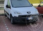 Autocarro Peugeot Partner Tepee 1.6 HDI 90 Cv L1 3 posti, immatricolato il 30-10-2009. Km percorsi al momento del ritiro 196.808, provvisto della chiave e del libretto di circolazione.