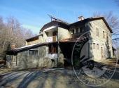 Albergo con bungalow a CAPRESE MICHELANGELO - Lotto 1 + 2