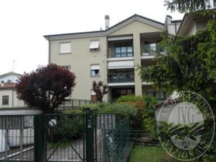 Piena proprieta' di appartamento e cantina in Fidenza